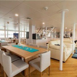 MV Reef Prince dining area